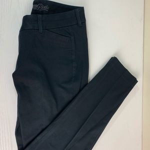 Old Navy Pixie Pant Size 6 Tight Ankle